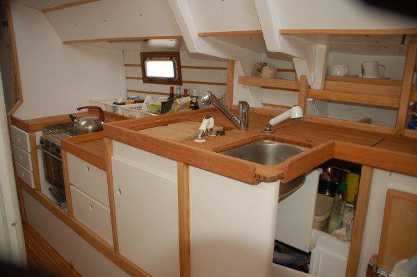 Voilieroboedamore le bateau for Amenagement interieur bateau
