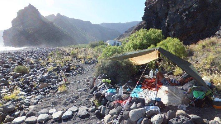 le camp sur la plage